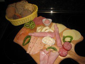 Frühstücksplatte nach Gästewunsch