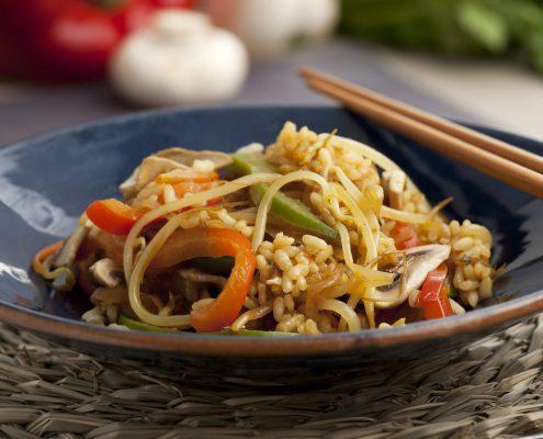 Asiatischer Gemüsereis (vegetarisch)